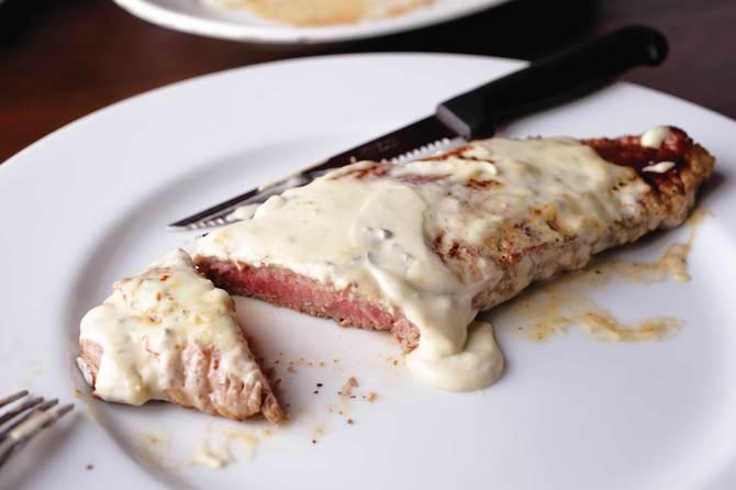 ステーキ・ブルーチーズソース