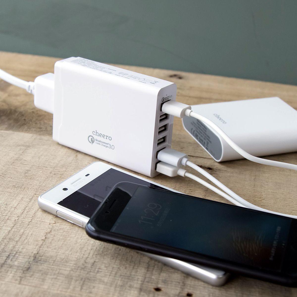 6ポート出力のQC3.0対応急速充電ACアダプター「cheero 6 USB AC Charger」