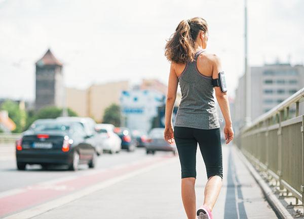 【コロナ禍で「おうち時間」が増えた人、必読!】<br />1日「プラス10分」(1000歩)<br />多く歩くだけで予防できる病気とは?