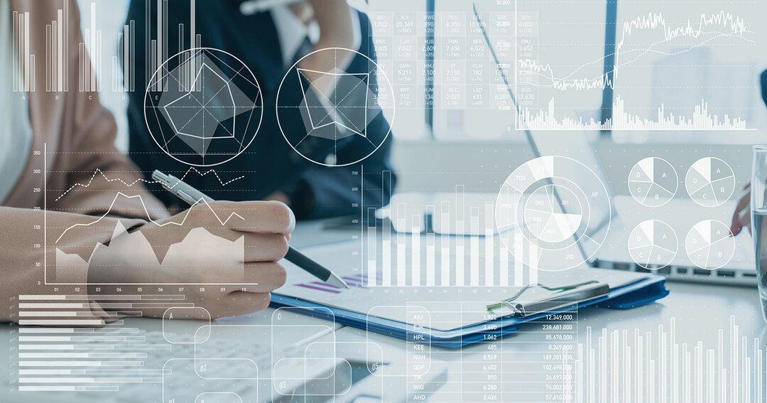 積立投資と一括投資、どちらが得なのか