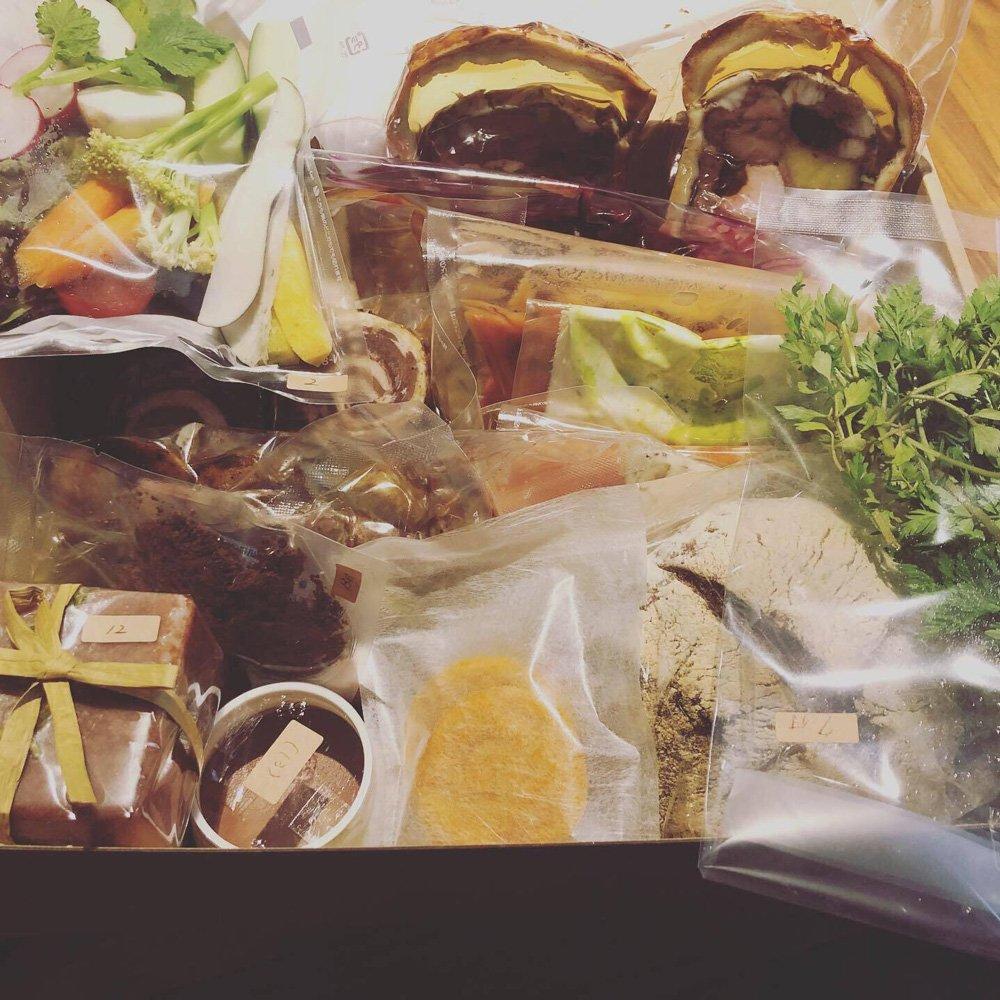 フレンチレストランのル・スプートニクがぜいたくな週末を自宅で過ごしてもらおうという狙いで始めた、料理通販サービス Photo:ル・スプートニク