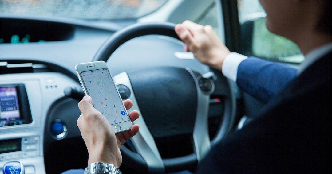 「ながら運転」厳罰化で、日本のスマホ依存は本当に改善されるか