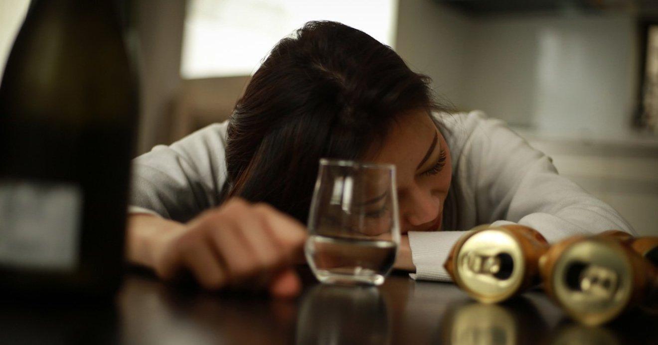 コロナ アルコール 依存 症