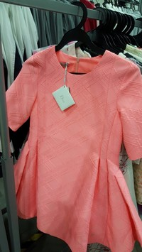 Diorのタグが付いていた子供ドレス