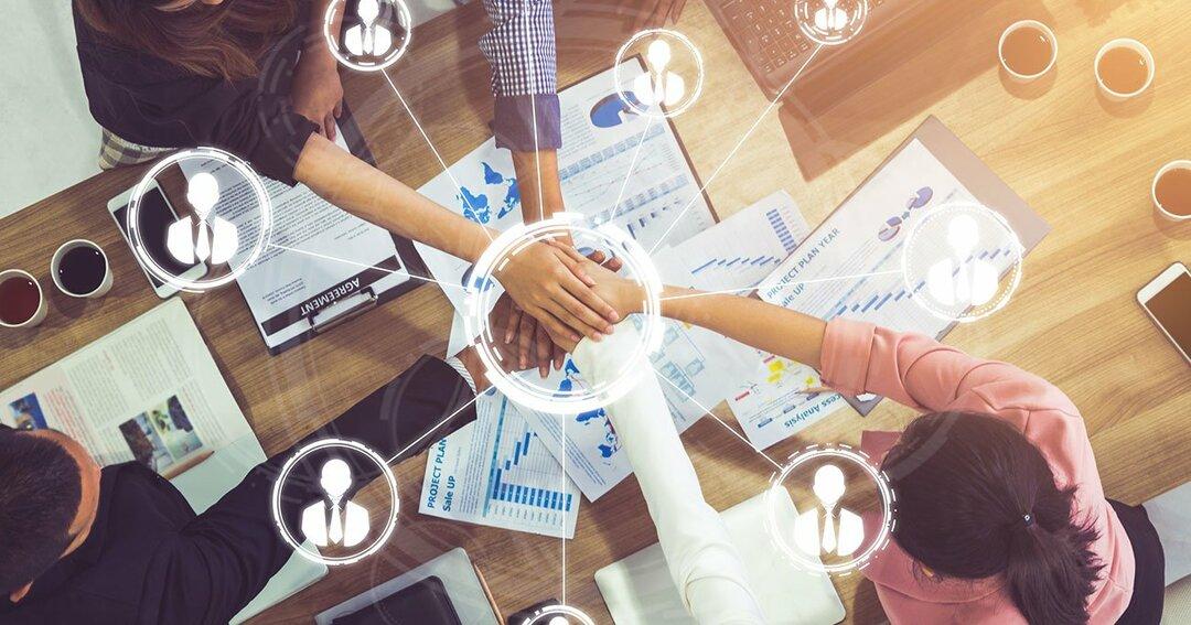 起業家から事業家(CXO)に<br />脱皮するために必要な<br />「人材マネジメント力」とは?