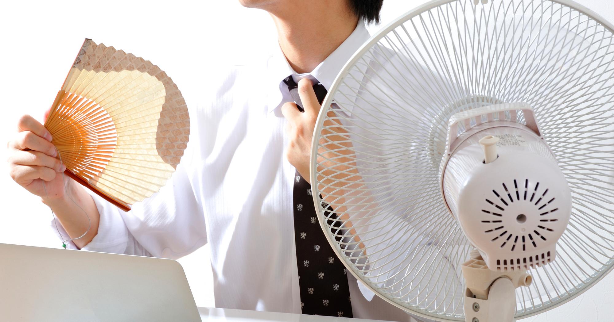「夏は麺類」はニオイの原因?30~40代の体臭を抑える食事術