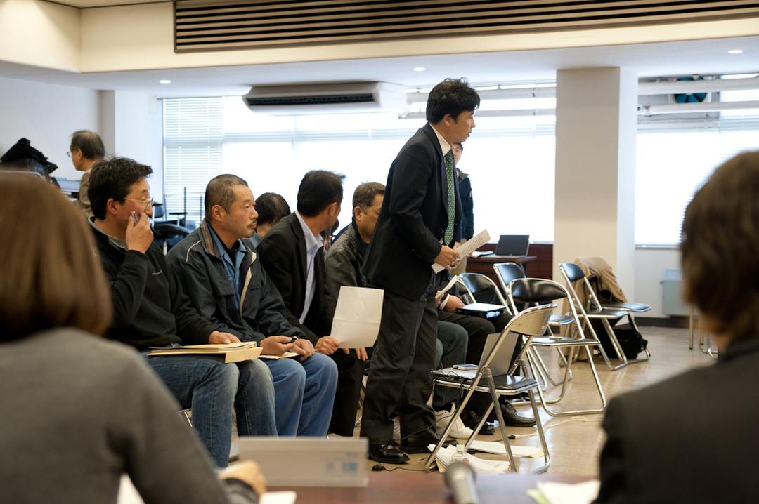 大川小検証委が初めて当日の避難行動を議論 <br />9ヵ月目にしてようやく遺族と意見交換も