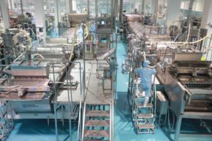 「ガリガリ君」工場見学はなぜ倍率500倍の大人気なのか