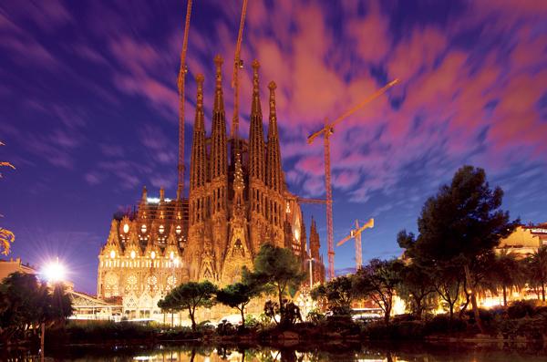 【スペイン】バルセロナ <br />ガウディに恋をする<br />バルセロナの超王道