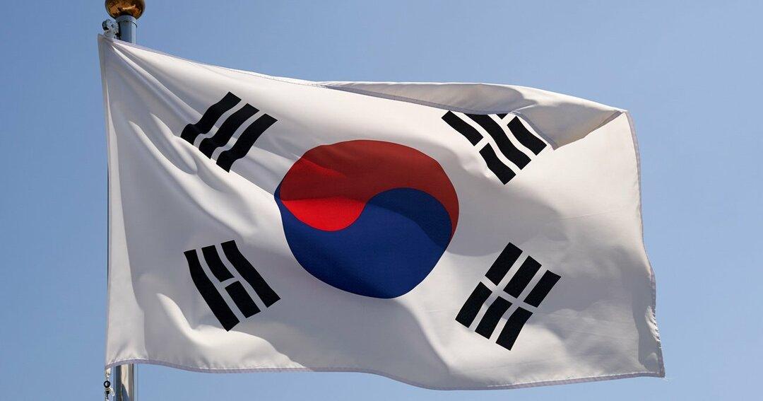 韓国世論は分断している