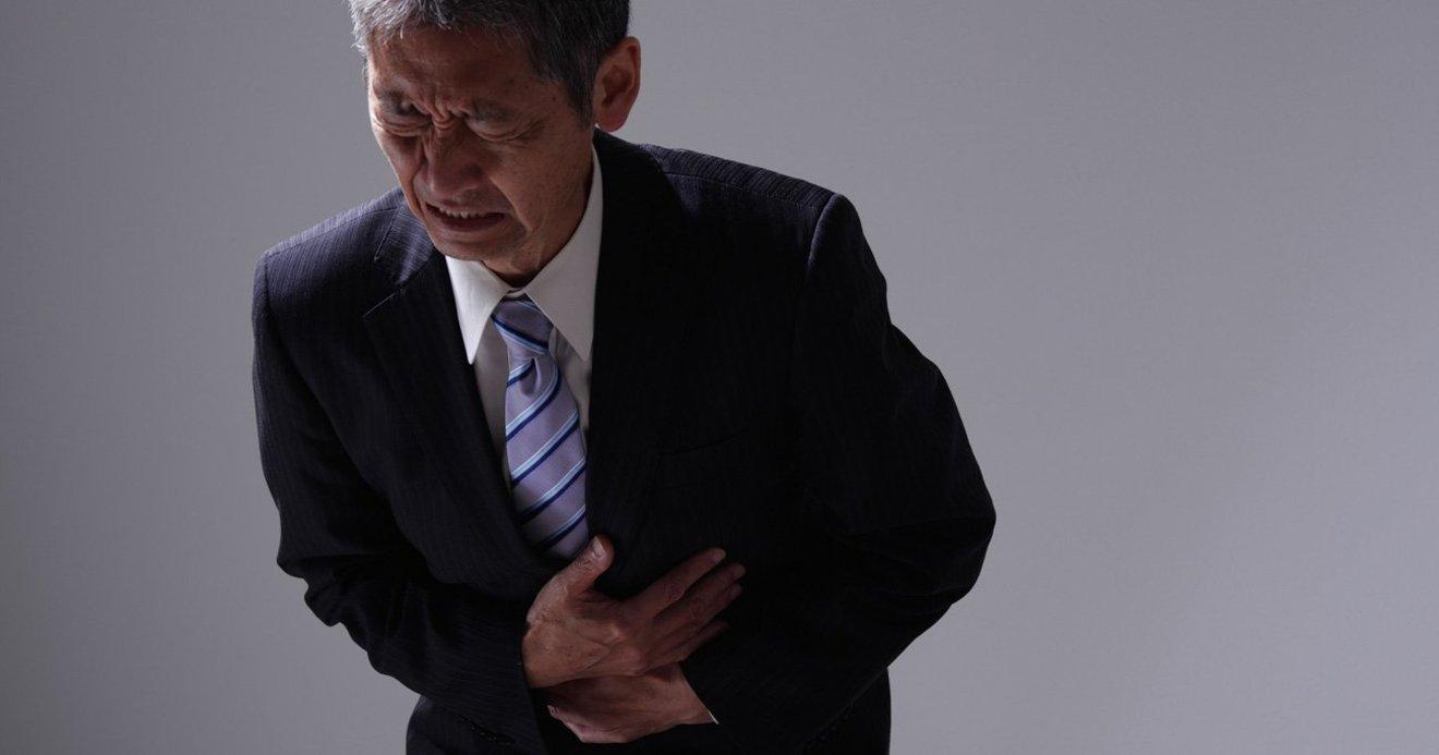 周り 腹痛 へそ 「おへそのゴマを取るとおなかが痛くなる」は本当?おへそと腸ってどんな関係があるの?|ビフィックスマガジン|BifiX(ビフィックス)ヨーグルト|グリコ
