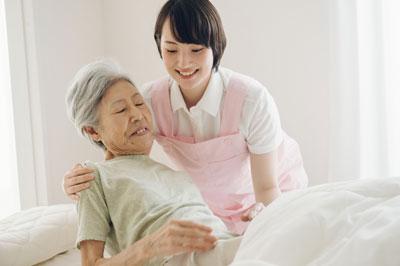 高所得層の介護保険自己負担割合が、8月から3割に上がります。