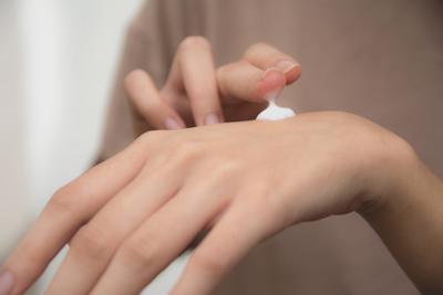 ヒルドイドの違法な美容目的使用は推計「年間93億円」