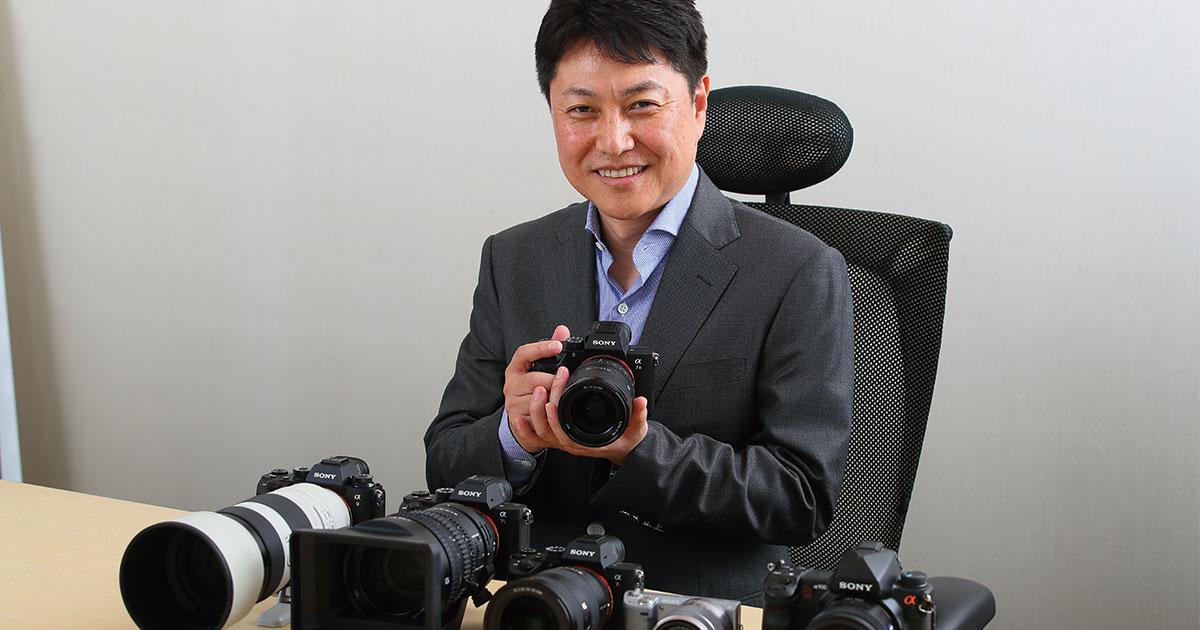 後発ソニーが世界初のフルサイズミラーレスカメラを開発できた理由