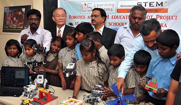 ロボットやレゴブロックを教材に、インドでSTEM教育の拡大を続ける――ラーニングシステム・菊池廉也社長