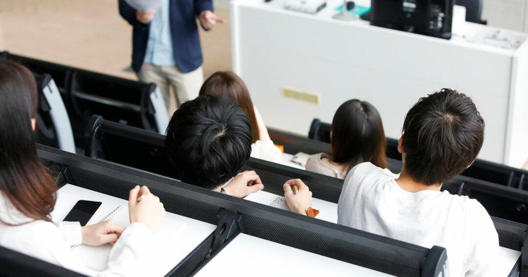中国人留学生が教授に接待攻勢、日本の「超甘」な大学がなめられている