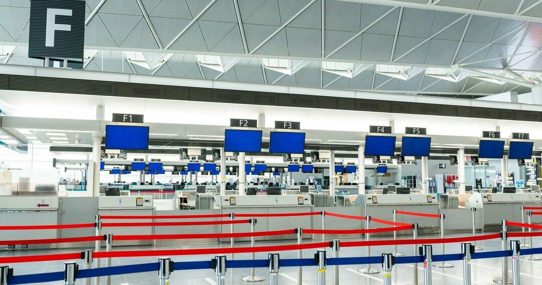 閑散とする中部国際空港第一ターミナルの国際線チェックインカウンター Photo:PIXTA