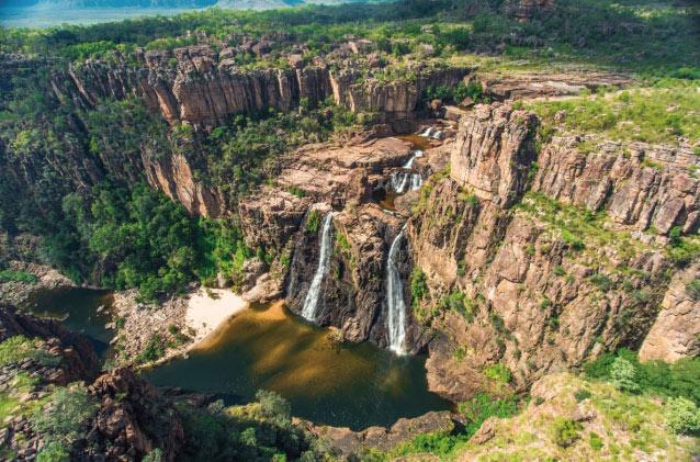 ノーザンテリトリーのカカドゥ国立公園にあるジム・ジム滝