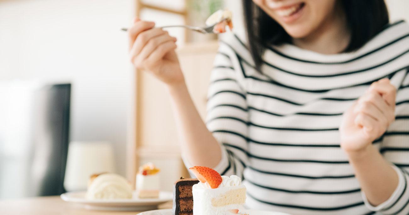 食事抜きでも太ってしまう「お菓子のドカ食い」を防ぐコツ