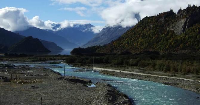 中国の人口・経済格差を一気に解消する、水資源開発プロジェクトの全貌