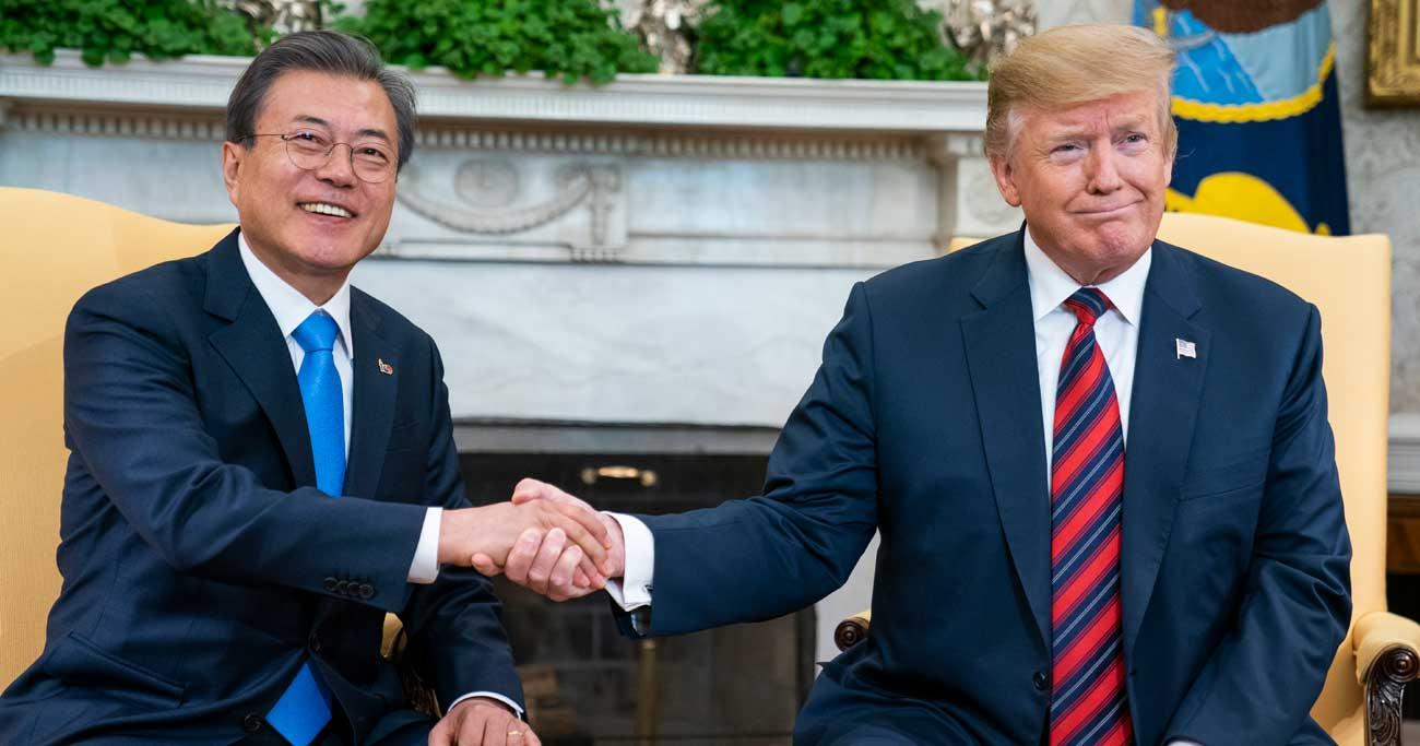 米韓首脳会談は失敗、文大統領に「仲介者失格」の烙印