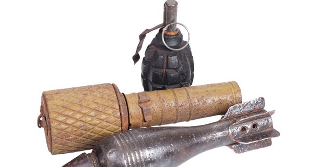 チキン砲、悪臭爆弾、ウジ虫治療…、大マジメな軍事研究の面白さ