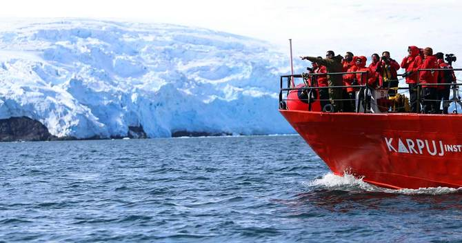 南極の「棚氷」に挑む科学者