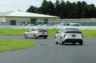 トヨタ「エコカーの次の大本命はPHV」宣言の真意