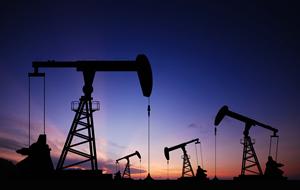 原油価格は1月中に25ドルも <br />年内は乱高下が続く