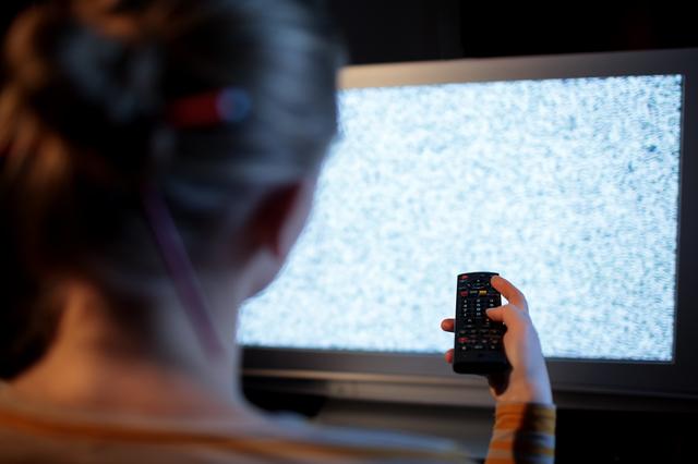 テレビの性的表現は不快?に世論真っ二つ