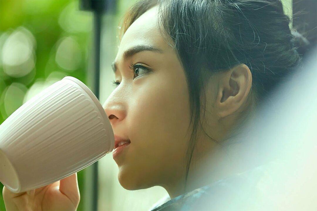 毎日、緑茶とコーヒーを 2型糖尿病の死亡リスクが低下