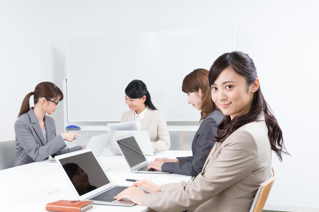 「社員付き」レンタルオフィス登場、起業需要でヒットの予感!?