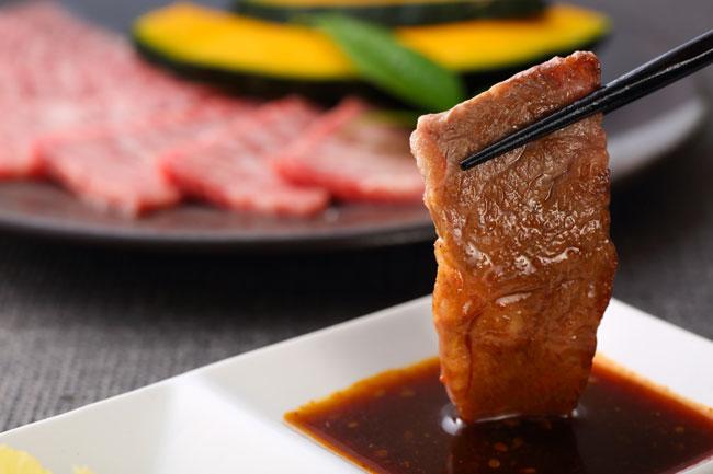 中国・上海で日本の外食苦戦の中「日式焼肉」が元気な理由