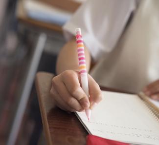 若い世代への教育投資を阻む<br />シルバーデモクラシーを憂う