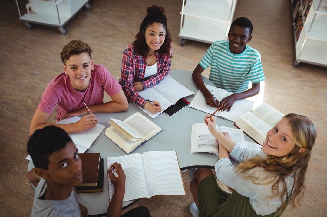 勉強ができる友人と付き合うことになっても<br />自分の子どもの学力は上がらない?
