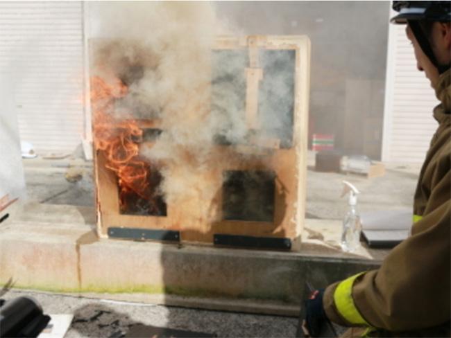 火災現場で最も毒性が強い黄色い煙