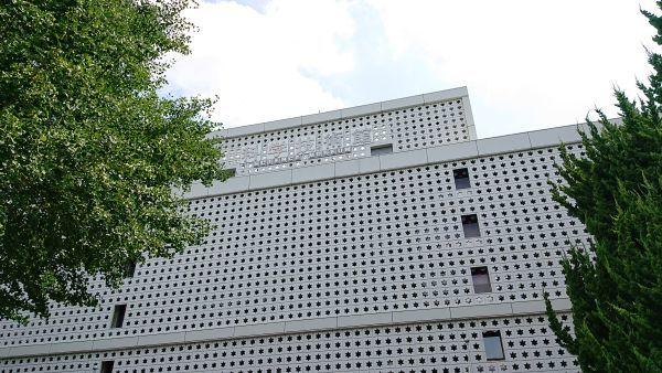 科学技術館の外観