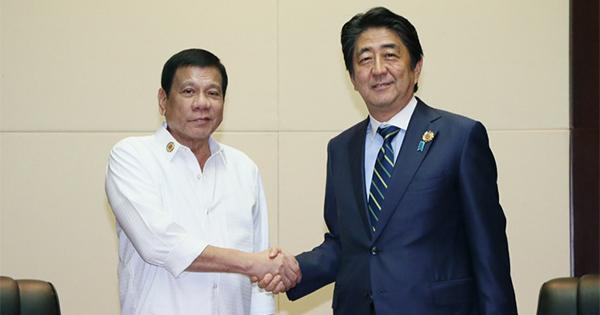 反米・親中の国、フィリピンに軍事援助をする日本の滑稽