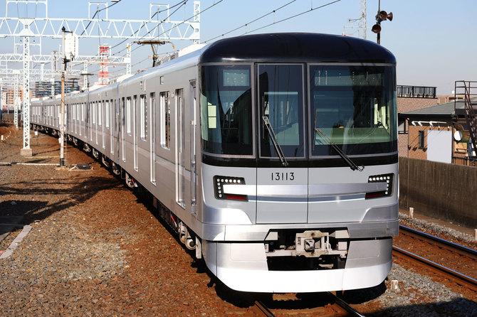 導入が進む東京メトロの13000系車両