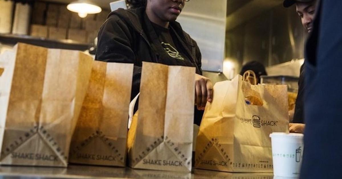高級バーガー人気高まるアメリカ、和牛7000円メニューも