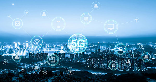 デジタル革命は「助走期」から「飛翔期」へ。真のデジタル社会はいつ訪れるか?
