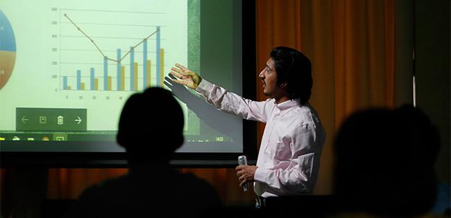 浅利慶太氏に学ぶプレゼンの修羅場を乗り切る教え「居て、聴いて、語る」