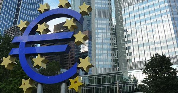 欧州中央銀行(ECB)がついに量的緩和の終了を発表、肝心の利上げはいつから?