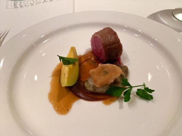 コース料理の肉料理