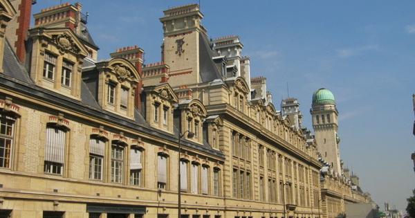日本の大学入試はフランスに170年遅れている!