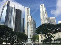 シンガポールは小さな政府の国