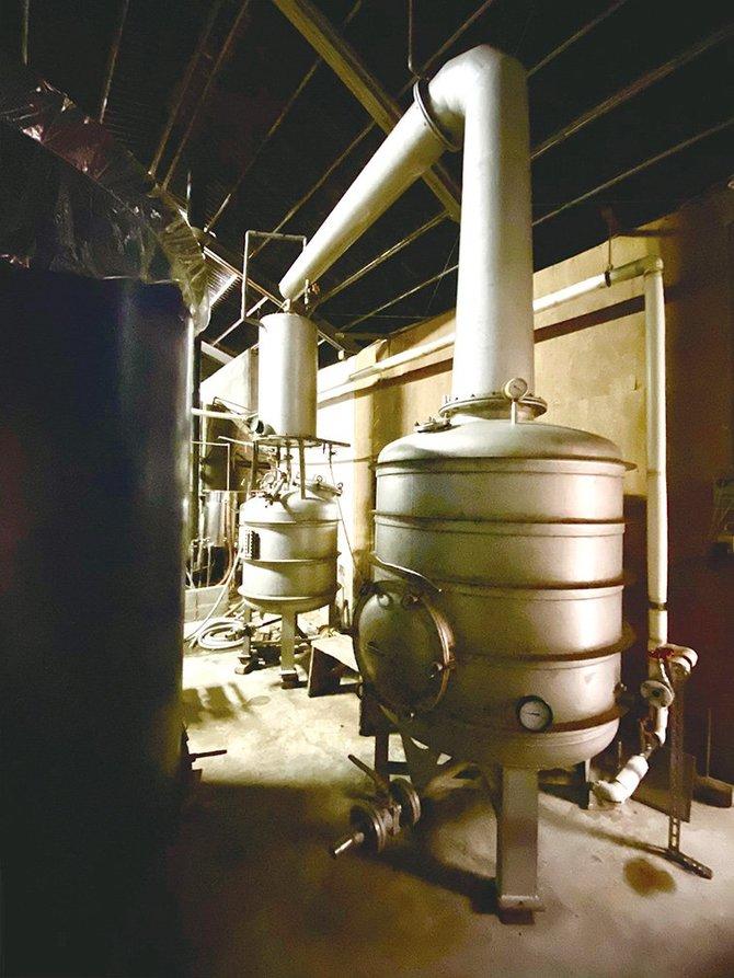 焼酎に使う古い減圧蒸留器