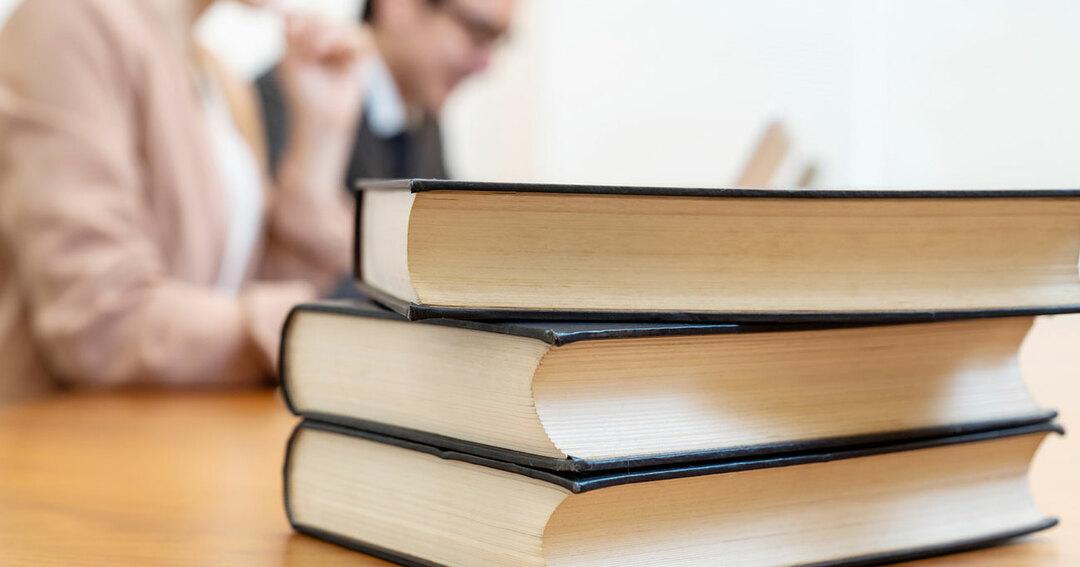 【出口治明学長】<br />哲学と宗教を学ぶ際に、<br />「絶対外せない」この3冊!