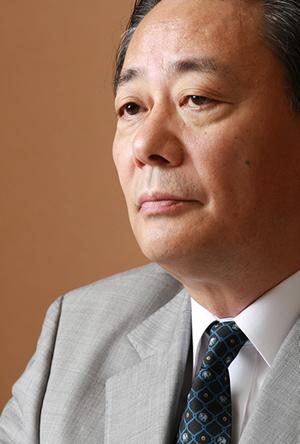 海江田万里・民主党代表インタビュー <br />「課題山積だが、勝負はまだまだこれから <br />政権復帰を見据えた党再生の展望を語ろう」