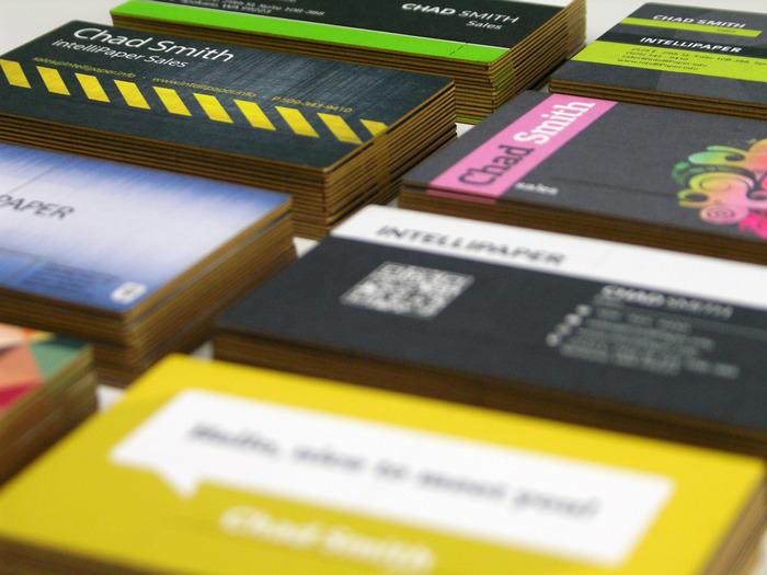 転職しても情報をアップデートできる<br />USBチップ付き名刺「swivelCard」が米国で登場